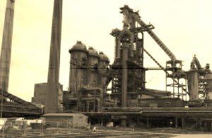 Stahlwerk Kran